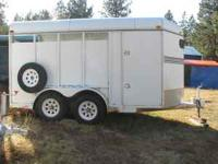 Factory built 3 horse slant load trailer. 1992. Swing
