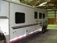 2003 Bison AlumaSport (Model 380SE) 3 horse trailer