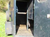 For sale, a 1995 Sundowner Horse Trailer, Front and