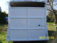 3 Horse Circle J slant load horse trailer, tall and