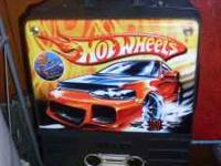 I am selling a hot wheels car case, it is used but in