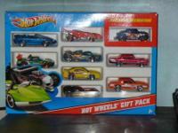 2011 Hot Wheels Exclusive decoration gift pack with 3