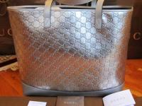 SUPER CUTE PATENT LEATHER GUCCI TOTE, 100% AUTHENTIC,
