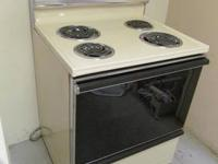 Hotpoint 4 burner electric stove for sale. Clean & in