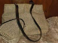 Cute Houndstooth Purse with matching wallet. Nice