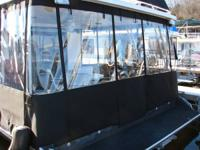 Custom Boat Covers and enclosures for pontoon boats,