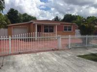 House for sale in hialeah between W 7th AVE and 31 St