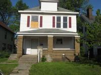 House for Sale in Indianapolis, Indiana. Asking price: