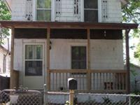 2 bedroom, 1 bath ready to move in. Completely updated