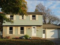 Turn Key Ready! Colonial with 3 big Bedrooms, 1.5