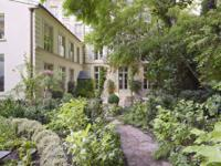 Magnificent 500sq.m mansion dating 18th century listed