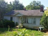 HoUsE On SaLe Rental w/ tenants and equity! Currently