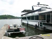 Lakeview Houseboat 60ft.Long &14ft.Wide(