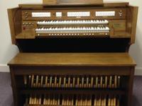 D.H. Baldwin Classical Series. Model D-911 Church Body
