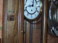 Howard Miller triple wind up clock. Model 612-578.