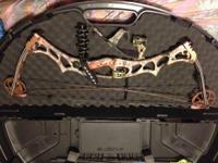 Selling my Hoyt Trykon compound bow. Asking $400 obo.