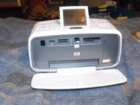 HP Photosmart A716 compact photo printer works