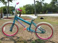 "huffy praz 20"" girl's bike in good condition asking"
