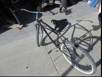 Hardly used beach cruiser. Tires in great shape, good