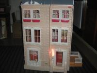 Here is a nice and great HTF dollhouse in nice good