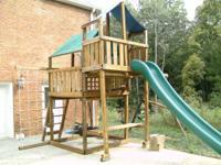 "PlayNation - ""Royal Crusoe's Treehouse"", wooden swing"