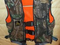 Hunter Safety System Vest Model HSS-4 Realtree