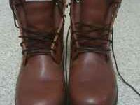 Custom made, 2000 gram thinsulate boots with gore-tex.,