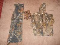 Mossy Oak Pants Size Small, Guide Series Sweatshirt
