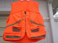 Gamehide brand hunting vest Size Medium All zippers