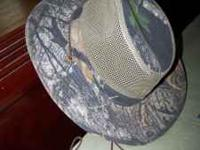 Hunting/Hiking hat. Used for hunting. Call  Location:
