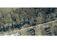 PRICE REDUCED! 8000 sq. ft. city lot, with 40 feet road