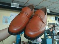 Estos zapatos tienen una welt enmedio de la suela , Eso