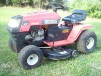 "2000 Huskee, 14.5hp, 38"" cut, 6spd., seat has some"