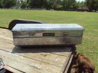 Huskey truck toolbox , floor mount fullsize asking