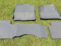 Husky Front & Rear Floor Liners EXCELLENT CONDITION
