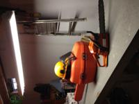 "Husqvarna 16"" blade chain saw e serie 142 with case and"