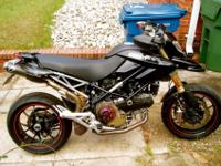 Ducati Hypermotard 1100 S terrific condition. New rear