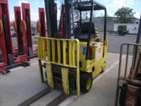 Hyster 6000 lb Elect Forklift E60XL-MIL, has 850AH