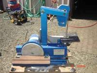 "1"" belt sander with an 8 "" grinder sander and bench, It"