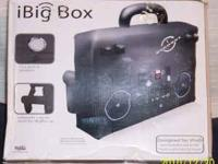 i Big Box Inflatable Audio Boombox it has 2 built in