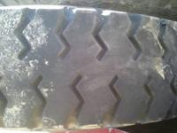 i have 2 strait tread 900.-20 tires that could be used