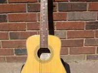 Nice 3/4 size Acoustic in excellent condition with gig
