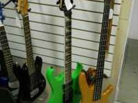 nice preowned ibanez soundgear 4-string bass. in good