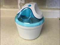 Electric ice cream maker. Perfect condition, works