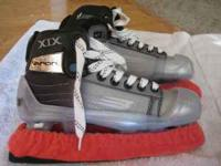 For sale size 3D Bauer Vapor XIX Goalie skates with