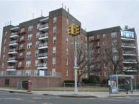 ID# 1229438 Beautiful 2 Bedroom Whitestone Coop For