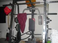 Great condition, . Over 500lb of weights. 35 and 45lb