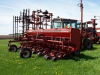 5400 soybean special planter that has assist wheels and