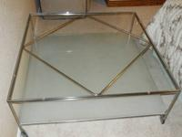 Beautiful Ikea glass coffee table in excellent