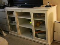 Move out sale!! Ikea sideboard white in a Very good